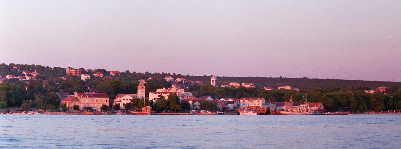 Ferienort im Herzen Dalmatiens: Sv. Filip i Jakov